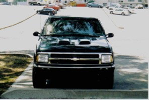 Armedx2s 1996 Chevy S-10 Blazer photo thumbnail