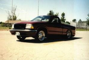 sweetnlowsdimes 1998 Chevy S-10 photo thumbnail