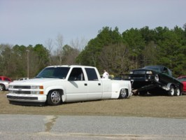 nrskinnys 2000 Chevy Dually photo thumbnail