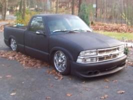 iwontruckofthemonths 1998 Chevy S-10 photo thumbnail