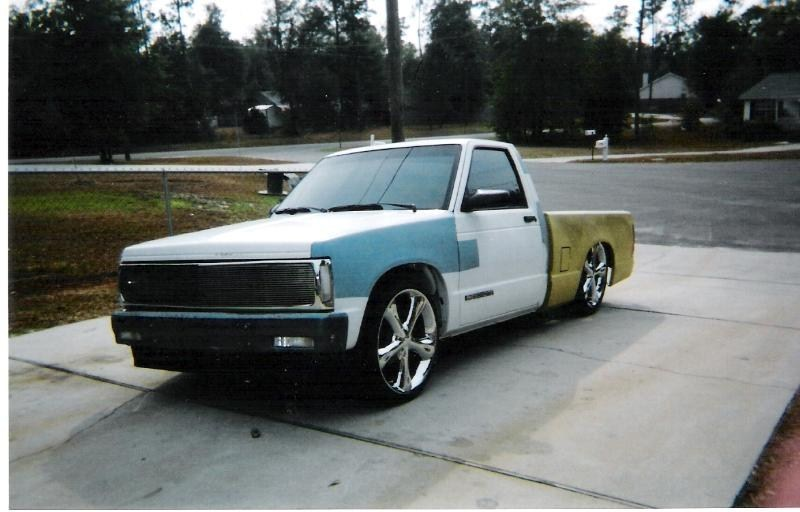 bagged355sbs 1992 Chevy S-10 photo
