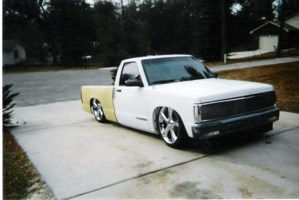 bagged355sbs 1992 Chevy S-10 photo thumbnail