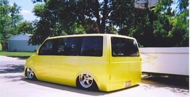 low2shows 1987 Chevy Astro Van photo thumbnail