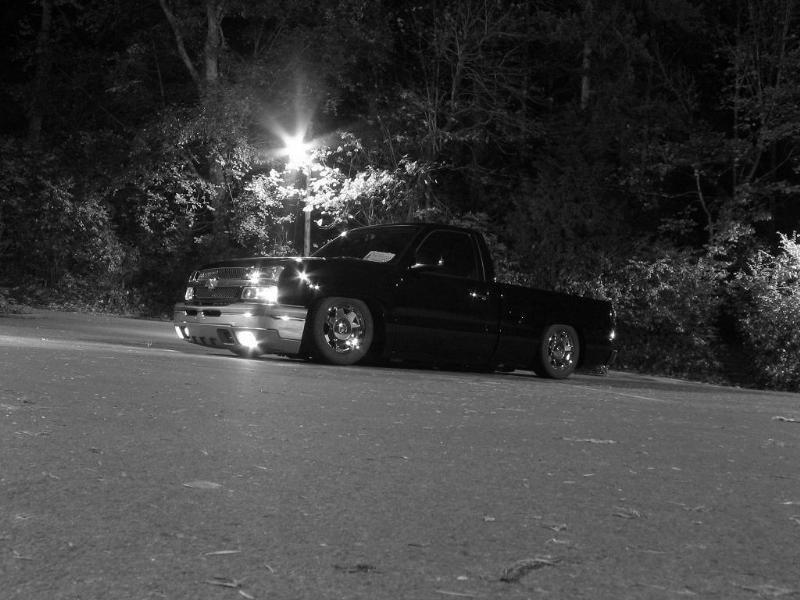 jokerts 2004 Chevrolet Silverado photo