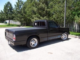 StayinLows 1984 Chevy S-10 photo thumbnail