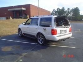 sangrequbanas 1999 Lincoln Navigator photo thumbnail