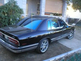 zevs 1992 Buick Park Avenue photo thumbnail
