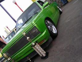 TwIsTeD DiMes 1986 Chevy S-10 photo thumbnail