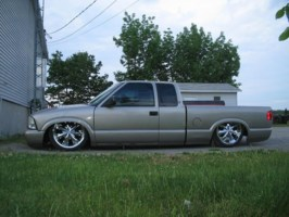 streethoppers 1998 GMC Sonoma photo thumbnail