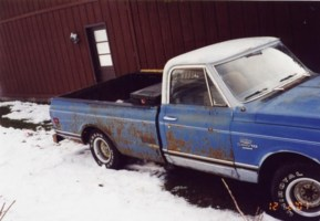 Droppedbagged72s 1972 Chevy C-10 photo thumbnail