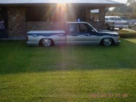 SHVDBDS10s 1991 Chevy S-10 photo thumbnail
