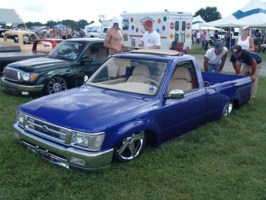 unvmyʹyotas 1994 Toyota 2wd Pickup photo thumbnail