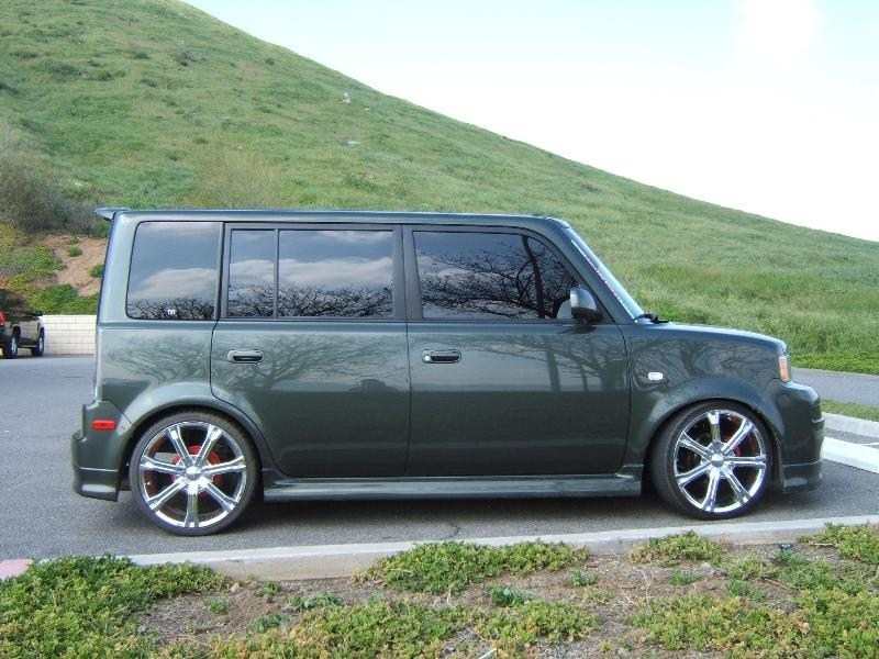 NR BOXs 2004 Scion xB photo