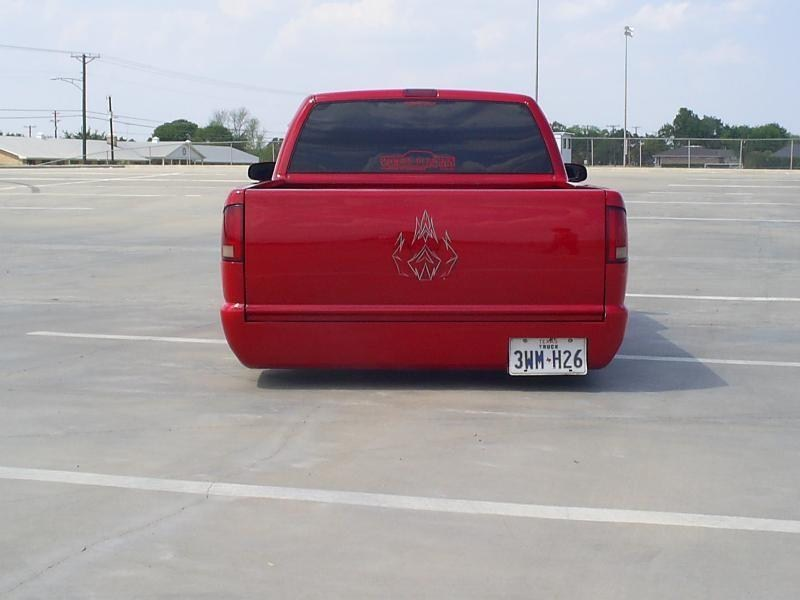 droppindime00s 2000 Chevy S-10 photo