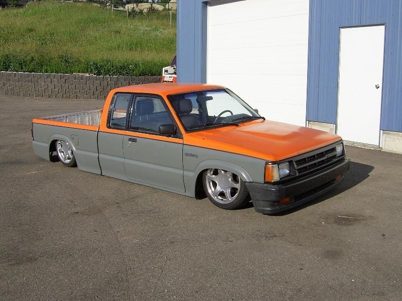 anothers10s 1991 Mazda B2200 photo