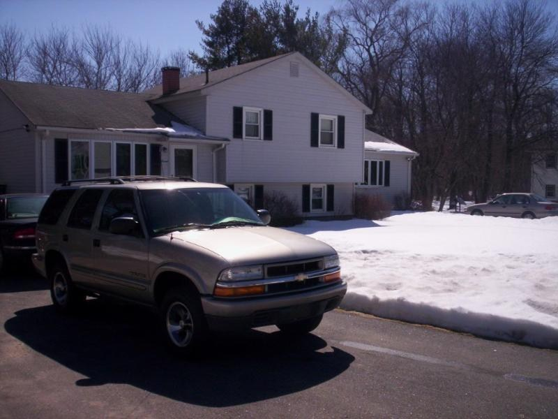 packofqtipss 2002 Chevrolet Blazer photo