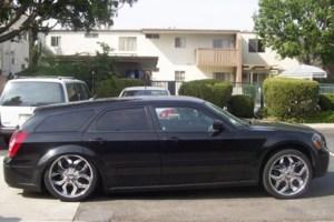mlcl2003s 2005 Dodge Magnum photo thumbnail
