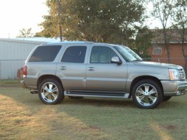 skunkwerxs 2003 Cadillac Escalade photo thumbnail