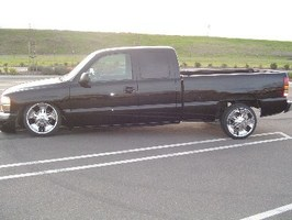 BaggedAssGMCs 2003 GMC 1500 Pickup photo thumbnail