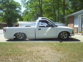 Limitless706s 2002 Chevy S-10 photo thumbnail