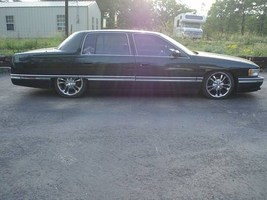MikeOs 1996 Cadillac De Ville photo thumbnail