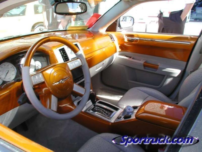 ekstensivemetalworkss 2005 Chrysler 300C photo