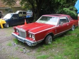 Isuzurollins 1981 Lincoln Mark VIII photo thumbnail