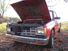 JavanPattersons 1986 Chevy S-10 photo thumbnail