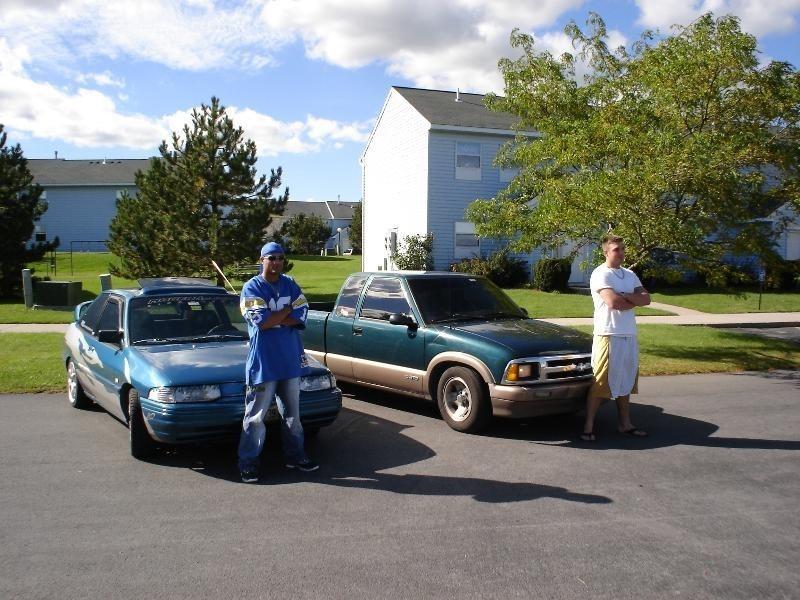 Slammedon18s22s 1996 Chevy S-10 photo