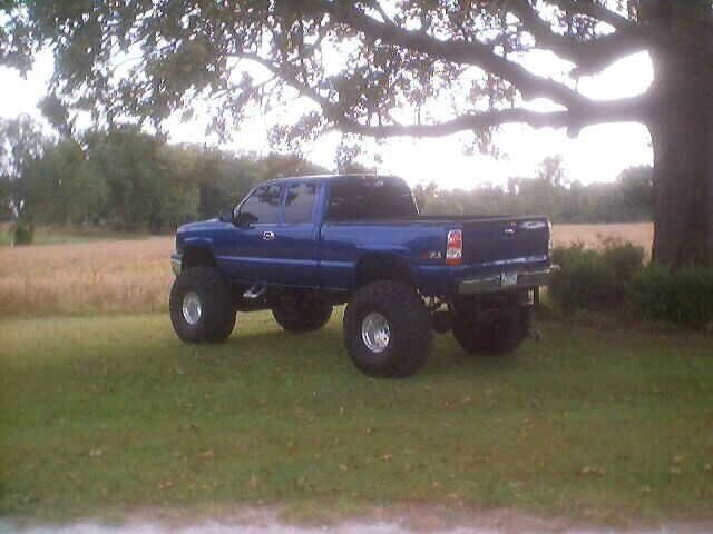m8kinulooks 2003 Chevrolet Silverado photo