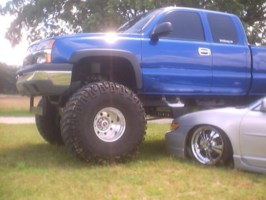 m8kinulooks 2003 Chevrolet Silverado photo thumbnail
