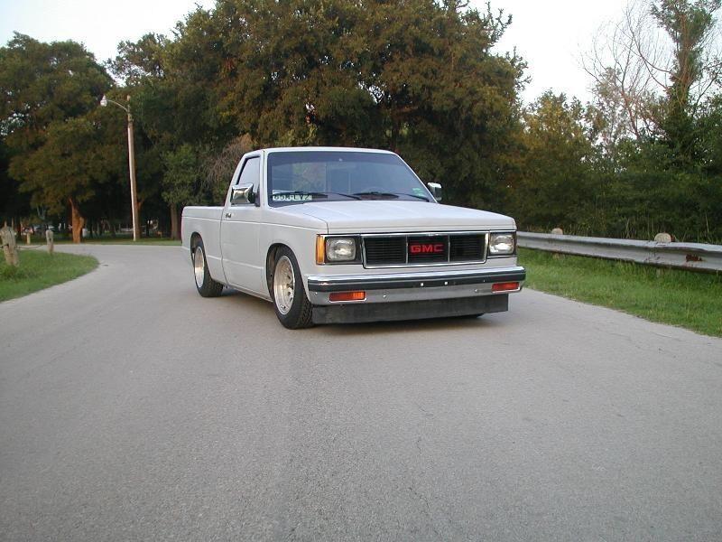 TIMS10PROGs 1982 GMC S-15 photo