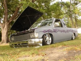 lowered1s 1995 Nissan King Cab photo thumbnail