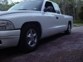 chillen dakotas 1997 Dodge Dakota photo thumbnail