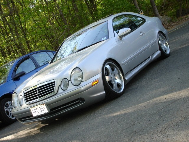 Vdubbedouts 2000 Mercedes Benz CLK 320 photo