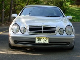 Vdubbedouts 2000 Mercedes Benz CLK 320 photo thumbnail