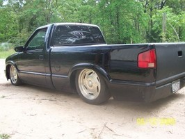 kevhill85s 1995 Chevy S-10 photo thumbnail