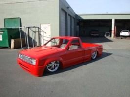 flameds10(tyler)s 1990 Mazda B2200 photo thumbnail