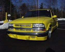 aesthetikustomss 2000 Chevy S-10 photo thumbnail