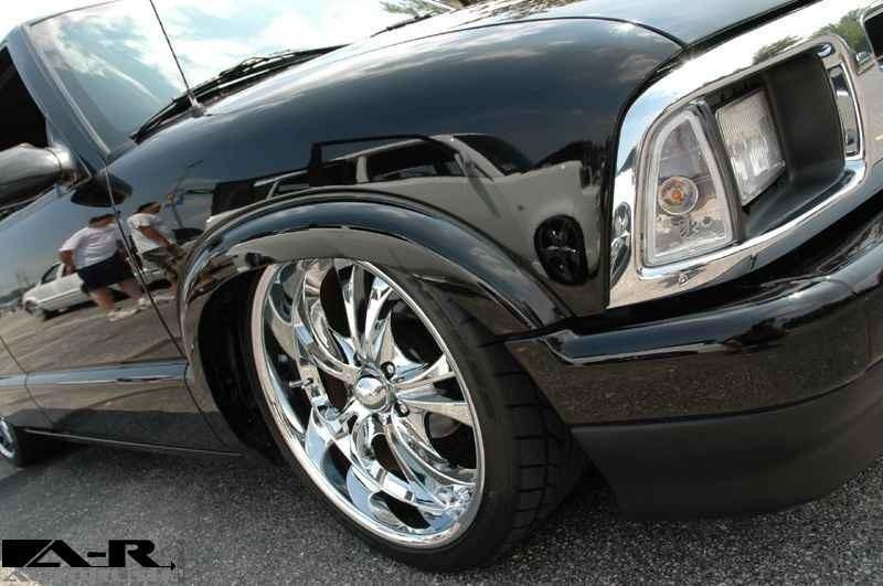 Blazin 2 Lows 1997 Chevy S-10 Blazer photo