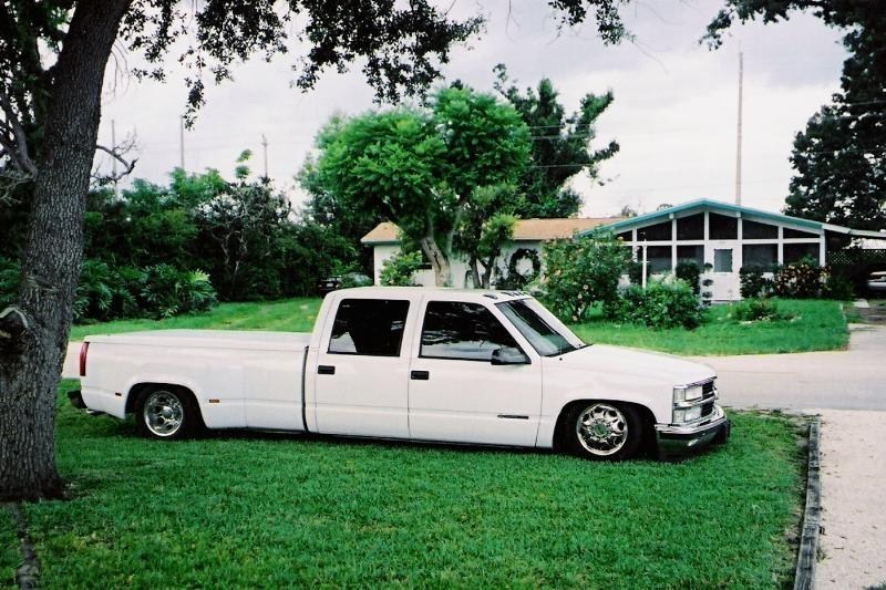 dragndodges 1998 Chevy Dually photo