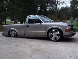 BaGed01Dimes 2001 Chevy S-10 photo thumbnail