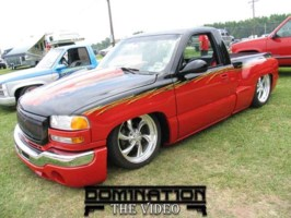 Peckers 2001 GMC 1500 Pickup photo thumbnail