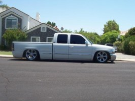 destisserandss 1999 GMC 1500 Pickup photo thumbnail