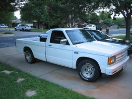 1fast s10s 1984 Chevy S-10 photo thumbnail