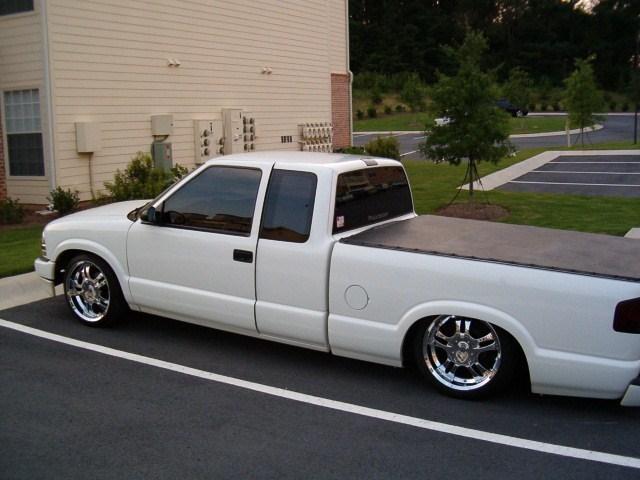 KA98S10s 1999 Chevy S-10 photo
