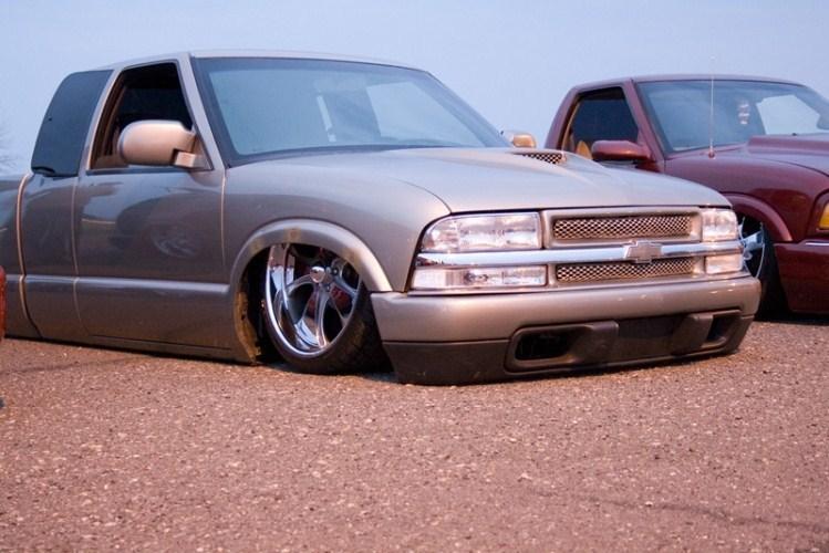 slmd02s10s 2002 Chevy S-10 photo