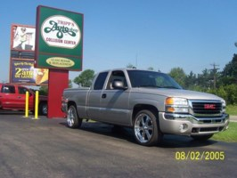 Twisted by Designs 2004 GMC 1500 Pickup photo thumbnail