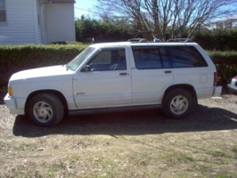 BrobinUs 1992 Oldsmobile Bravada photo thumbnail