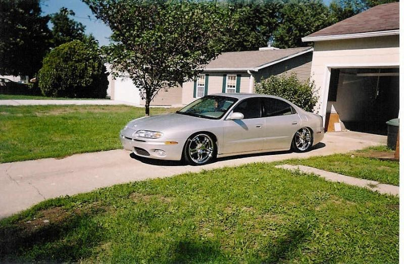 redjrocks 2001 Oldsmobile Aurora photo